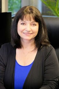Tammy Lewis - Insurance Agent